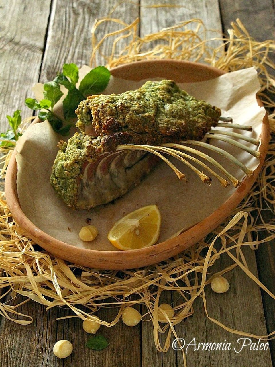 Rack of Lamb with Macadamia and Herb Crust - Carré di Agnello con Noci di Macadamia e Crosta di Erbe